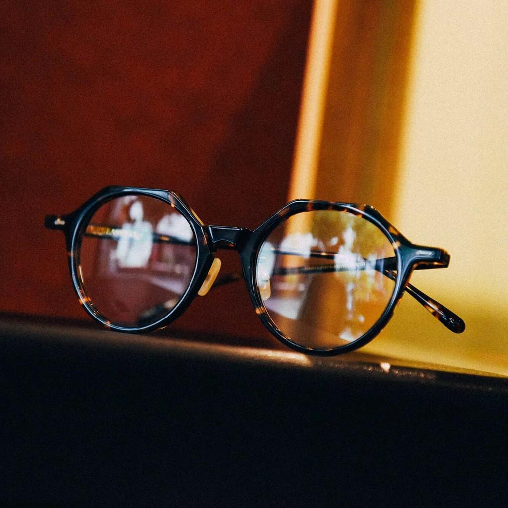 台灣 CLASSICO 光學眼鏡 C18-L C2 (琥珀色) 經典皇冠型 鏡框 半手工眼鏡【原作眼鏡】