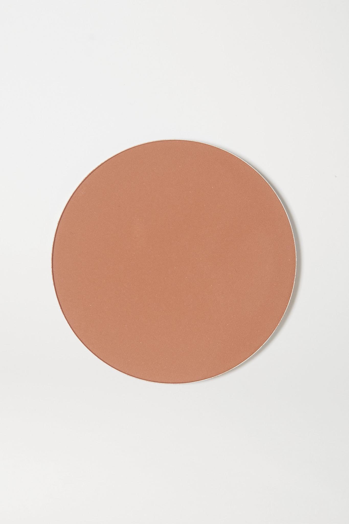 CHARLOTTE TILBURY - Airbrush Bronzer Refill - 2 Medium - Brown - one size