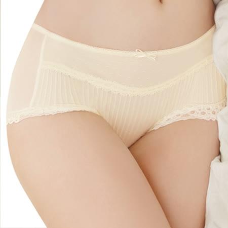 【思薇爾】撩波系列M-XL蕾絲中低腰平口褲(淺黃色)