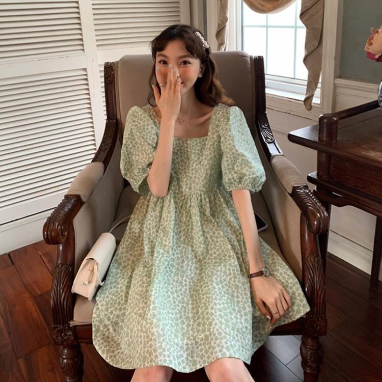 泡泡袖洋裝 胖mm大码方领泡泡袖洋裝女装夏季气质后背蝴蝶结绑带豹纹A字裙