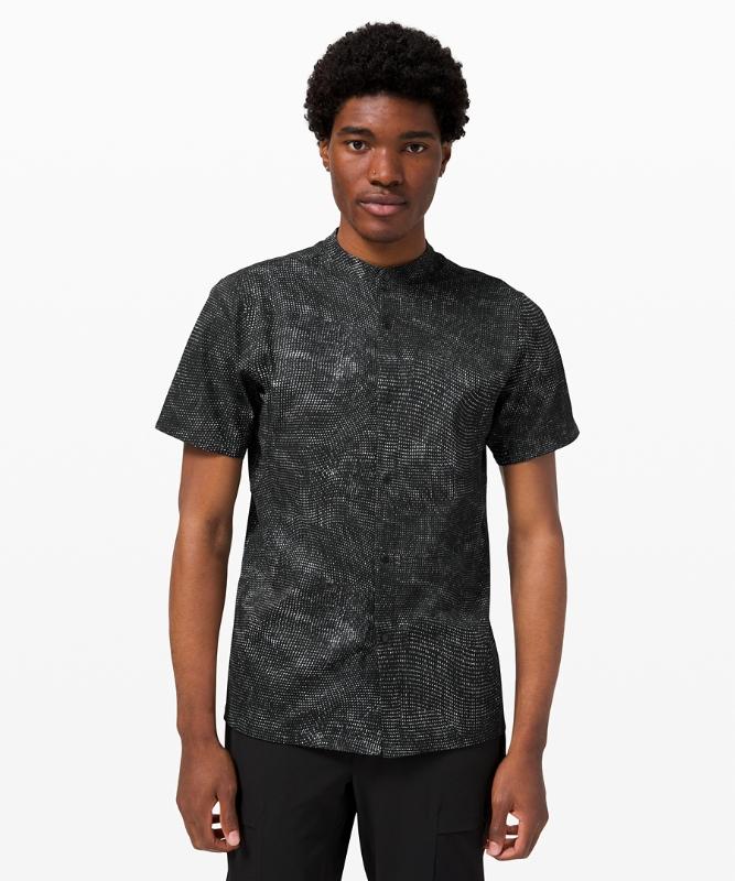 Lululemon Men's Airing Easy Short Sleeve Shirt Ventlight Mesh, Digital Drift Black Multi Size XL