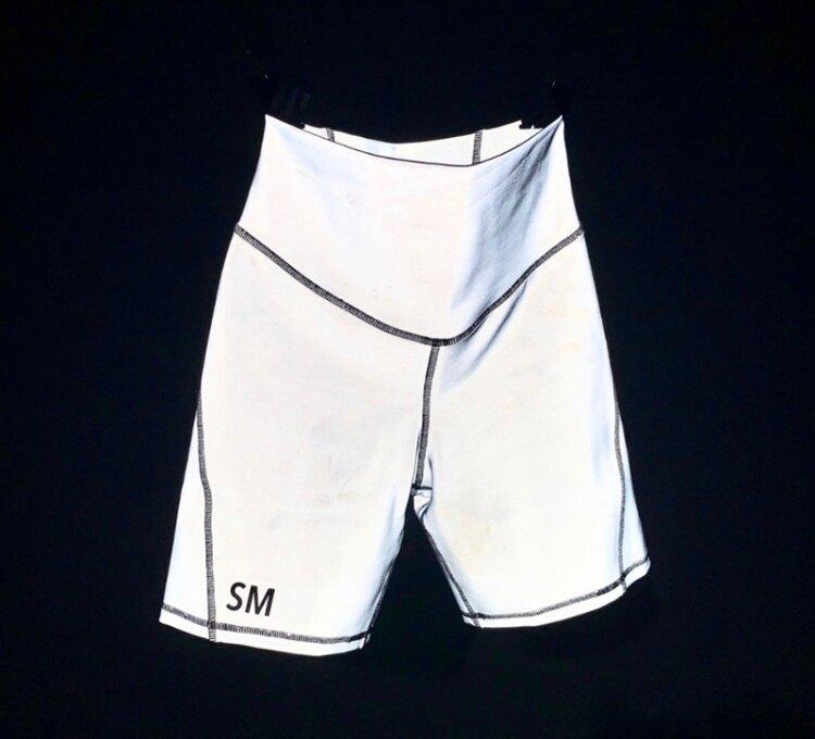 SMFK 銀灰色 星辰自行車短褲/ 潮牌/ 緊身褲/ 瑜珈褲/ 運動短褲/ 街頭自行車褲