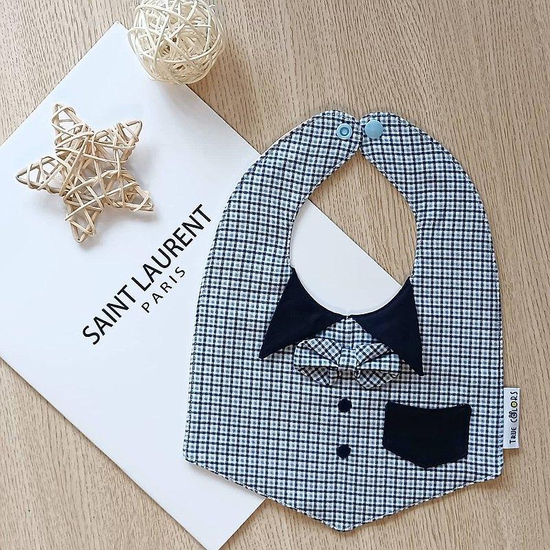 【小紳士系列圍兜C】 英倫風小V領結 繡扣 口袋 六層紗小紳士圍兜