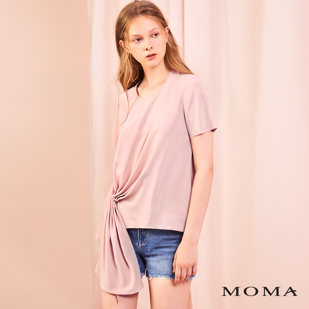 MOMA(01G088)抓褶綴飾上衣