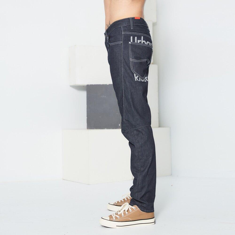【全館免運 | 滿額↘再折$150】Lee 中腰舒適牛仔褲 Urban Riders 男 深藍 3D