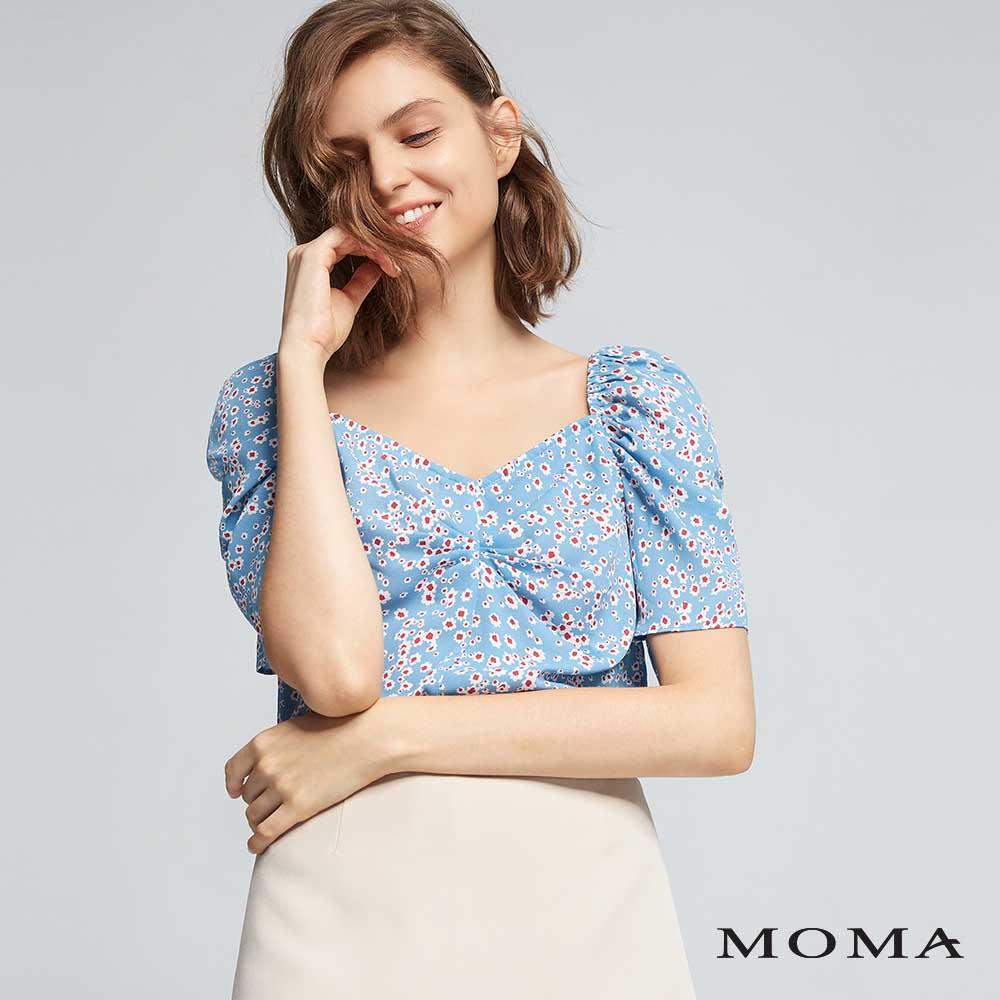 MOMA(01G081)碎花縮褶袖上衣
