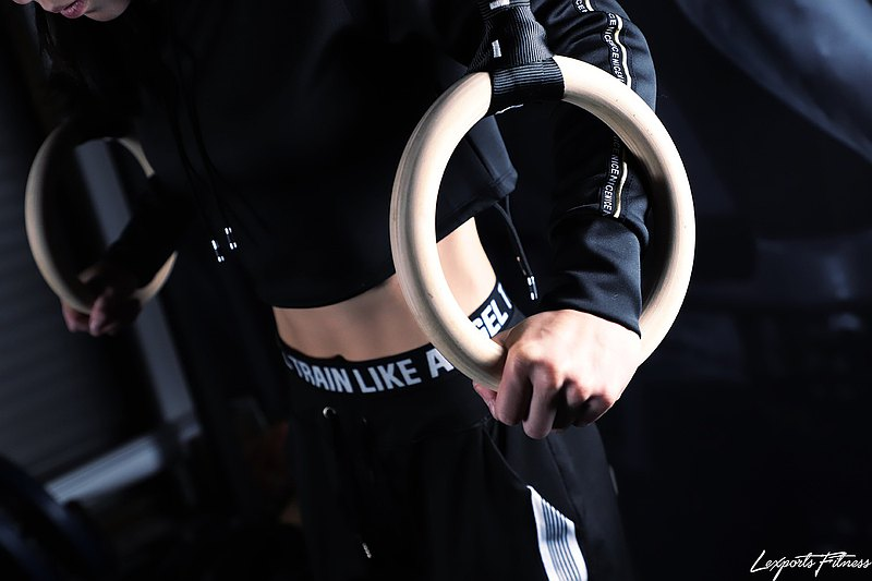 Crossfit健身運動體操吊環