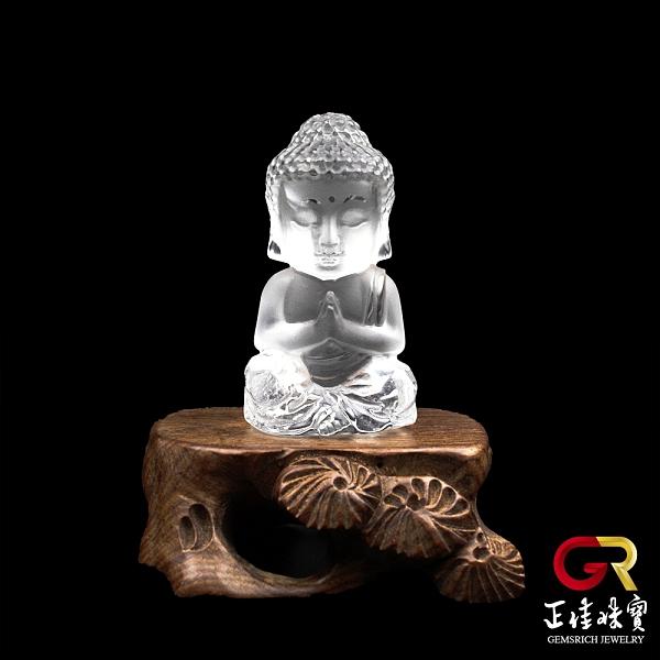 白水晶擺件 白水晶巧雕寶寶佛雕刻 阿彌陀佛擺件 手作木座 正佳珠寶