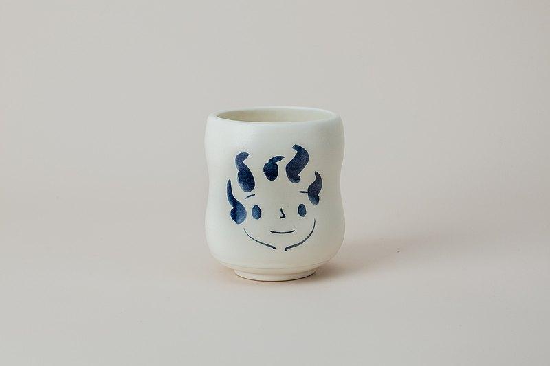 Brut Cake 手繪微笑馬克杯 / 咖啡杯 /茶杯 (86) 無把款