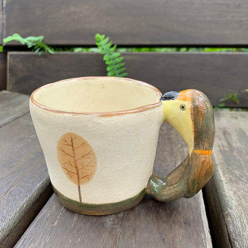 A Lu - 鸚鵡陶杯/花器/手做手繪 僅此一件