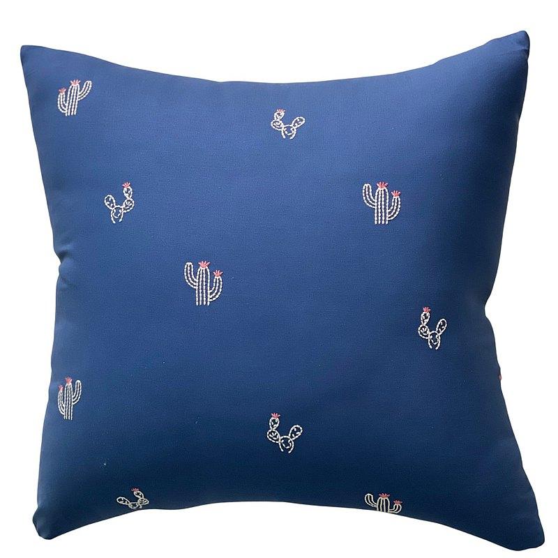 仙人掌抱枕 刺繡抱枕