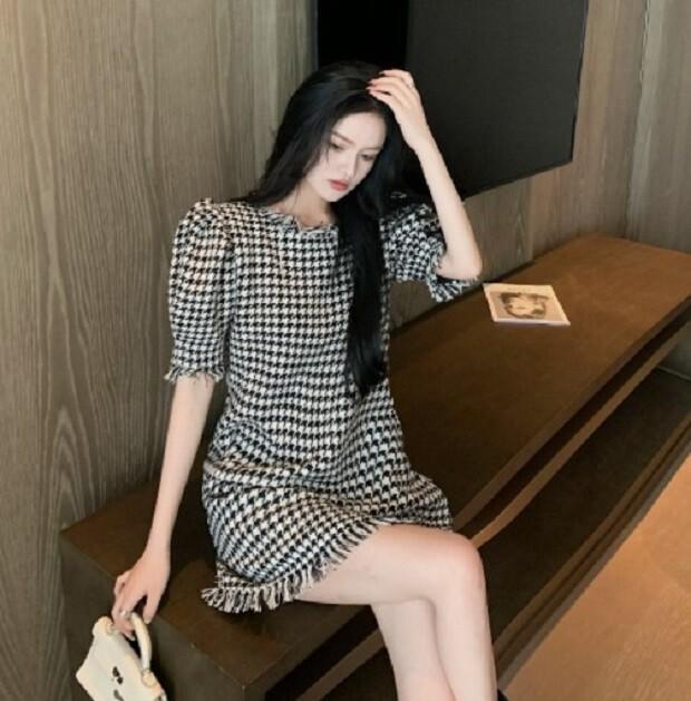 短袖泡泡袖格子連衣裙