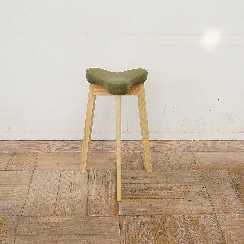 衛生凳Matami SH570 [木構架]天然[張集]人造革橄欖色