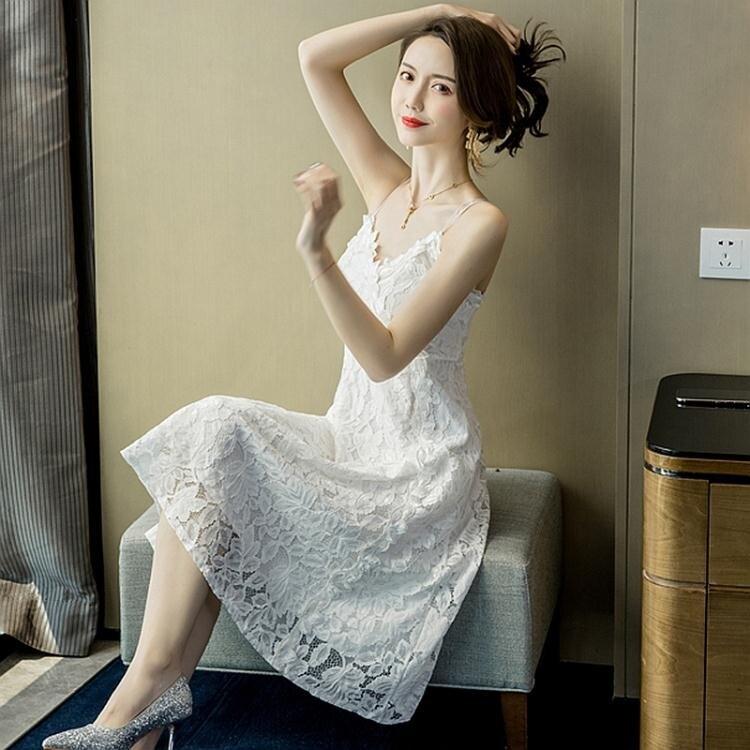 洋裝 蕾絲連身裙女夏新款中長裙顯瘦性感露揹很仙的流行吊帶裙裙子