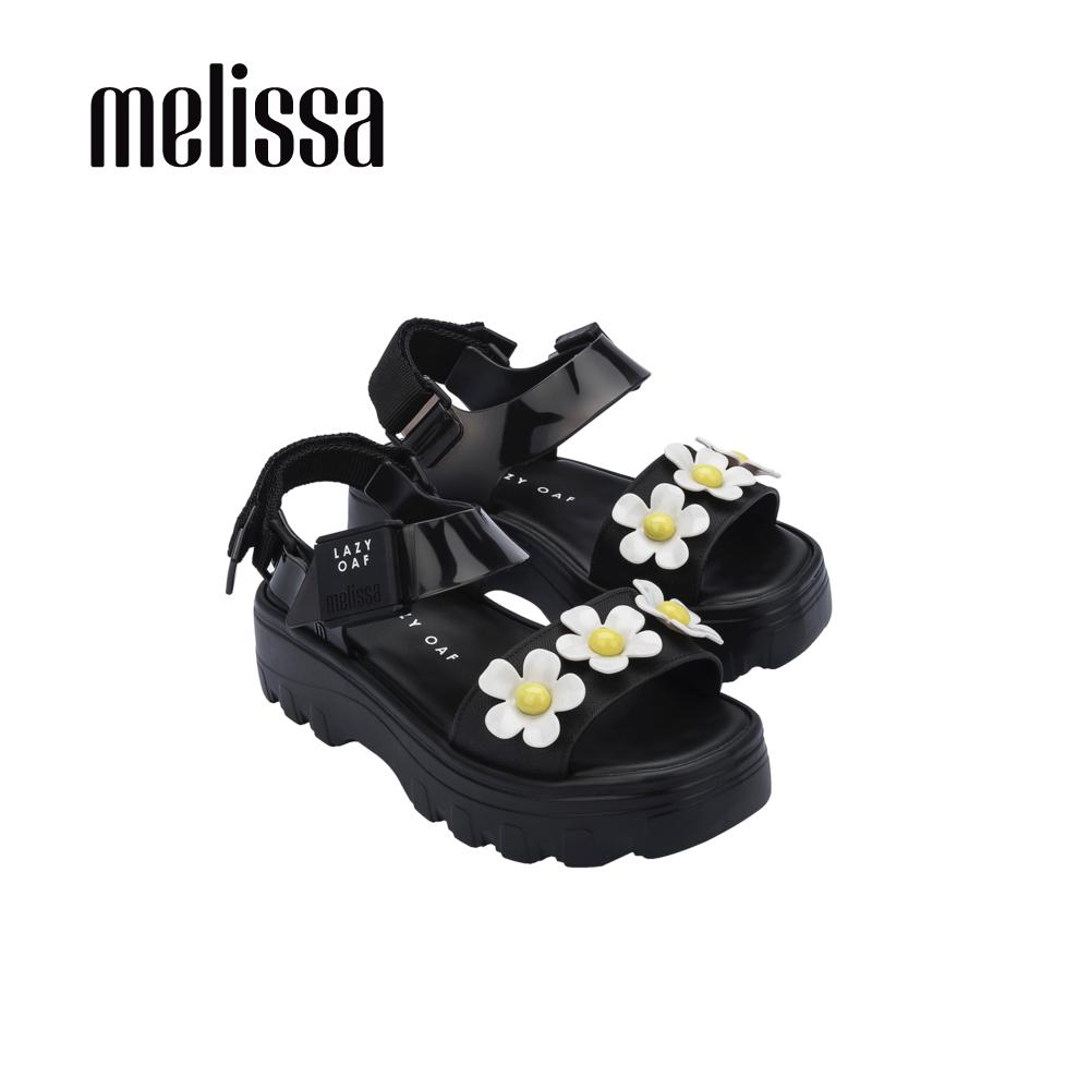 【Women】MelissaxLazy Oaf 聯名厚底立體花朵設計涼鞋-黑(3324653233)
