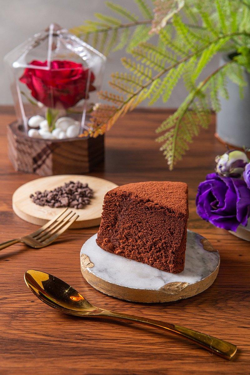 六寸生巧克力蛋糕