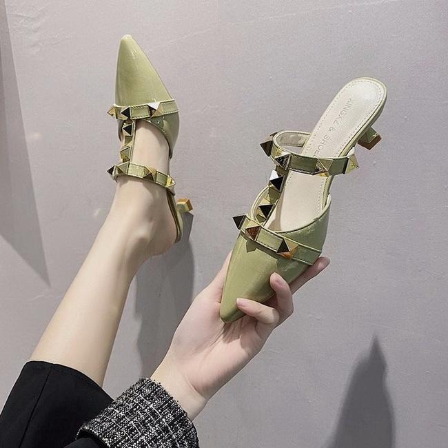 FOFU-(任2雙1088)時尚中跟細跟鉚釘穆勒鞋【02S13749】