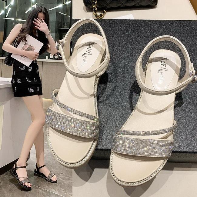 FOFU-(任2雙888)浪漫仙女風低跟閃亮水鑽羅馬鞋涼鞋【02S13709】