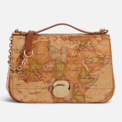 Alviero Martini 義大利地圖包 輕奢質感 小羊皮鍊帶斜揹包-地圖黃