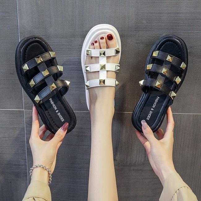 FOFU-(任2雙888)帥氣個性平底鉚釘拖鞋涼鞋【02S13829】