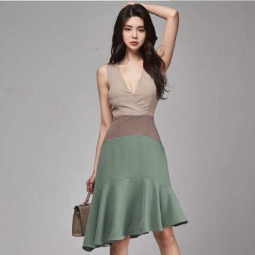 洋裝 性感 背心裙 S-XL 新款性感V領無袖撞色修身荷葉邊不規則中長款尾連身裙NA07B-3122.愛尚依人