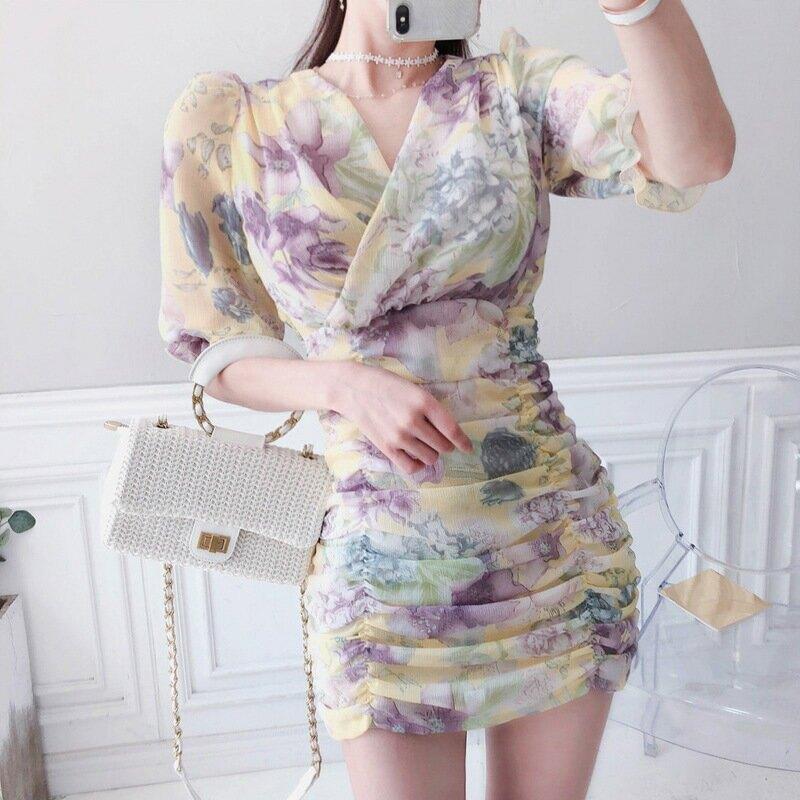 2021夏裝新款韓版氣質V領修身小清新印花抽褶包臀時尚連衣裙