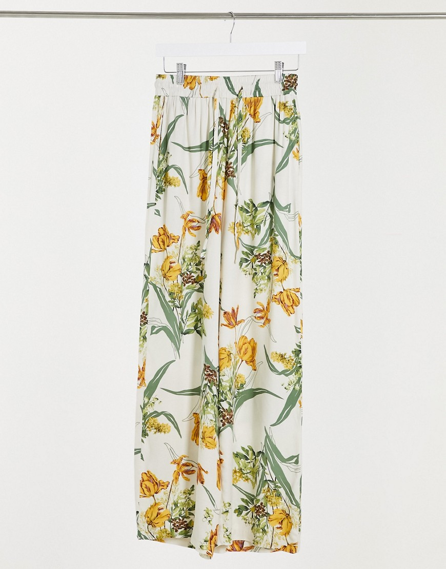 Object Jamy Co-Ord Wide Leg Trousers in Floral Print-Multi