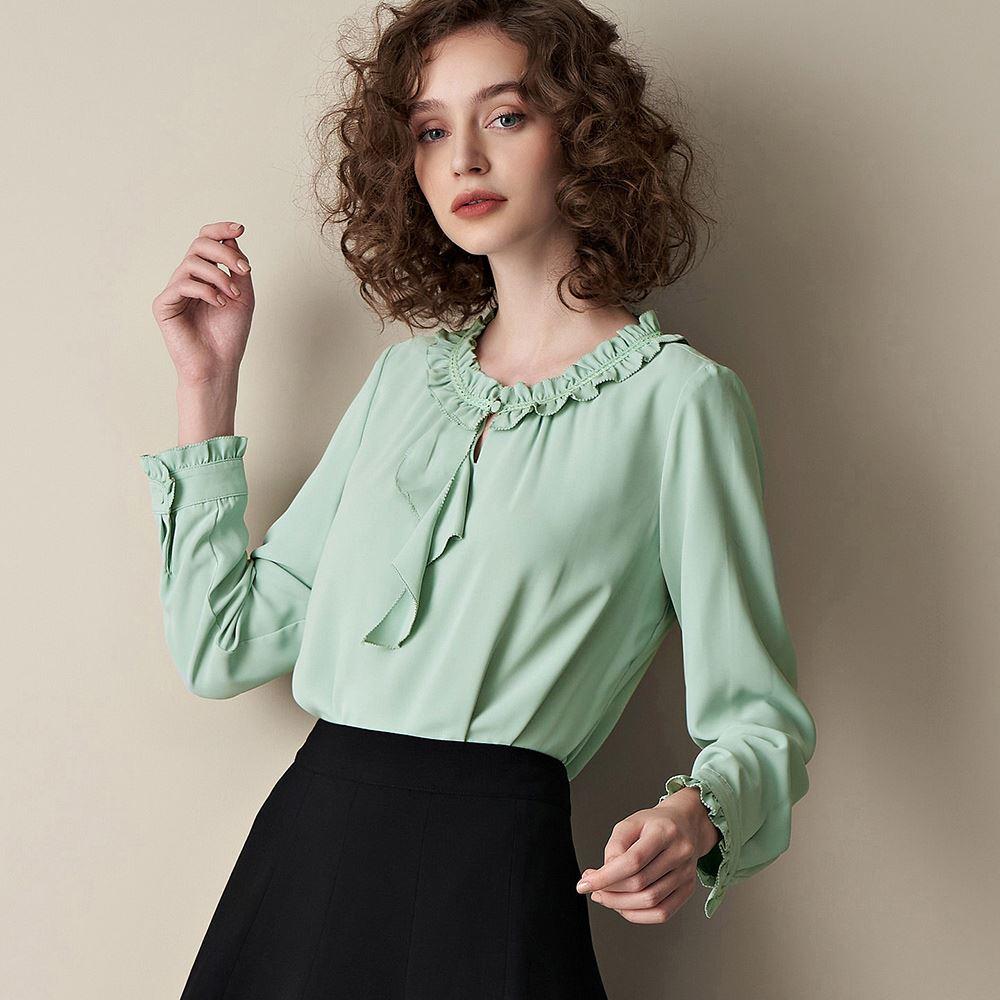 ILEY伊蕾 純色造型荷葉領上衣(綠)056140
