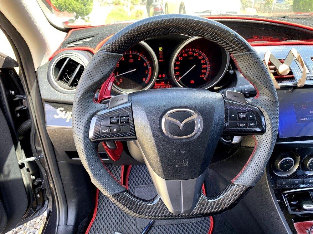 [細活方向盤] 正碳纖維款 Mazda3 Mazda5 MAZDA 馬三 馬五 馬3 馬5 馬自達 變形蟲方向盤 方向盤 造型方向盤