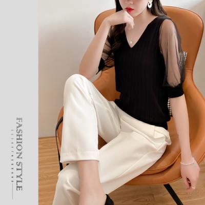 艾米蘭-優雅V領坑條網紗拼接造型上衣-2色(F)