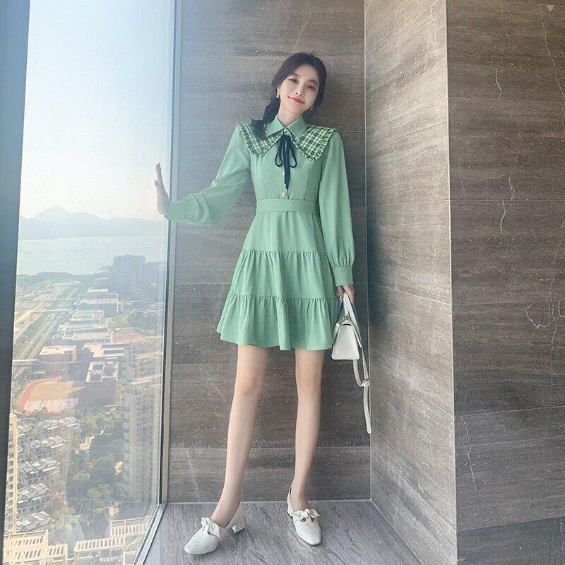 韓版女裝氣質修身裙子2021春季新款小個子清新綠色連衣裙