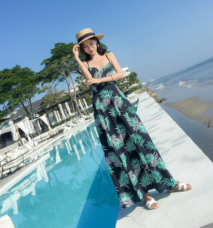 2021夏馬爾代夫海邊度假沙灘裙三亞渡假超仙顯瘦裙吊帶連衣裙