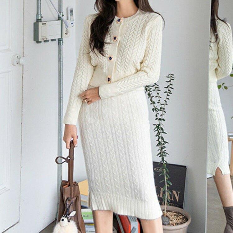 2021優雅淑女花朵鈕釦針織開衫毛織上衣+高腰顯瘦毛衣套裝
