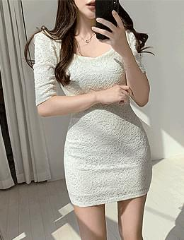 韓國空運 - Dazzling You Lace Puff Square Heart Neck Mini Dress 迷你短洋裝
