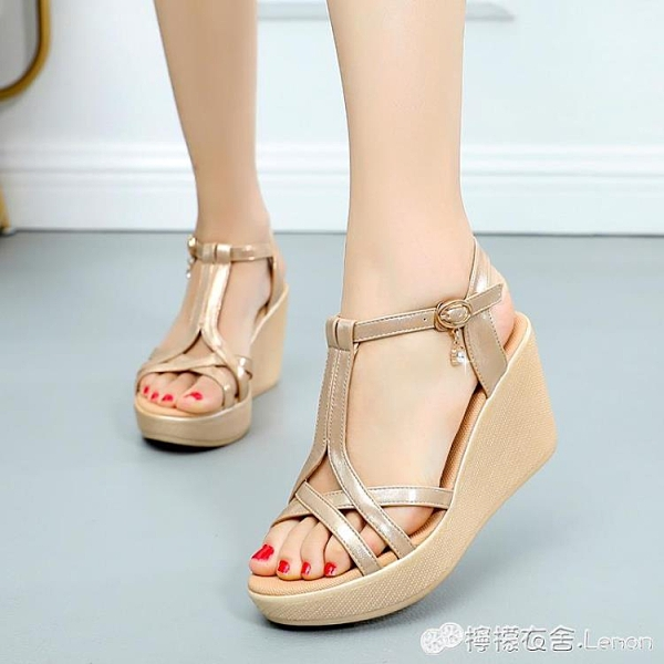 厚底楔形涼鞋女夏新款羅馬鞋女式鞋子厚底露齒大碼鞋顯瘦百搭女鞋 檸檬衣舍