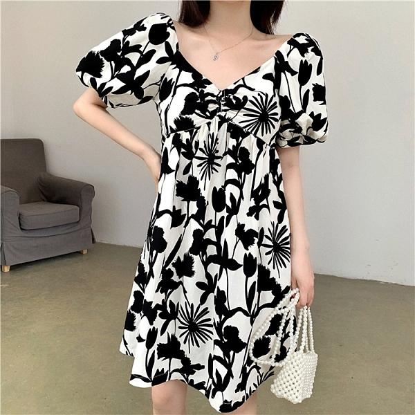 中大尺碼洋裝M-4XL黑白法式復古連身裙夏季碎花露背法國小眾泡泡袖V領連身裙4F039-A 1號公館