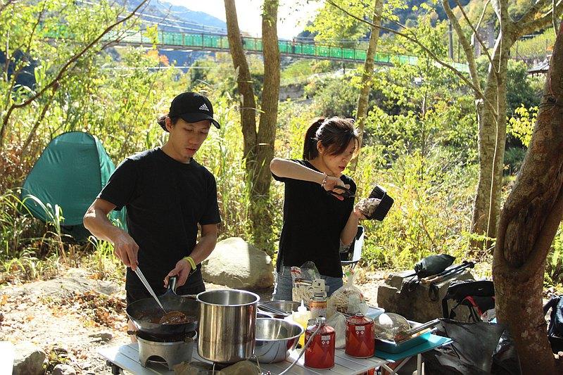 想在哪吃就在哪煮! 溪邊野餐指定地點外燴服務!