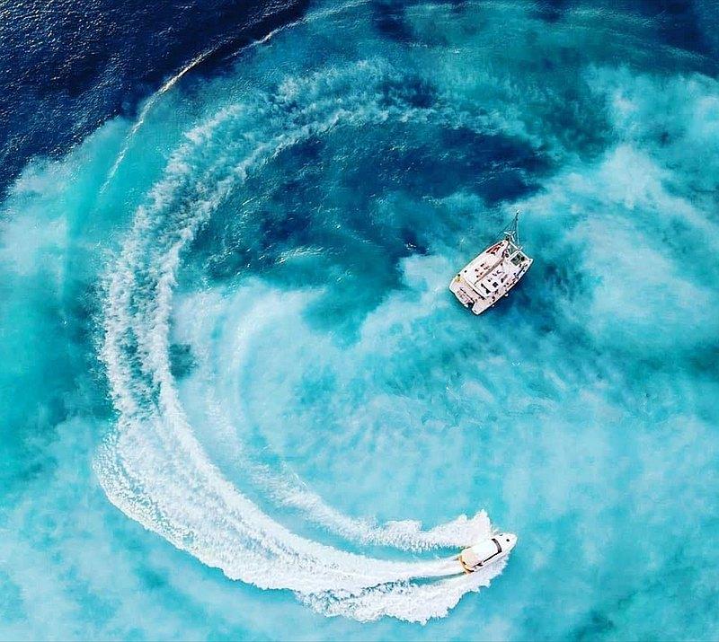 包一艘帆船・可容納 15 人・上帝打翻的牛奶・夢幻牛奶海揚帆龜山