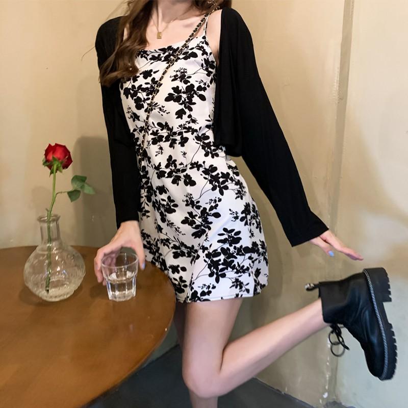 新款韓版收腰顯瘦碎花洋氣減齡A字無袖吊帶連衣裙女裙子