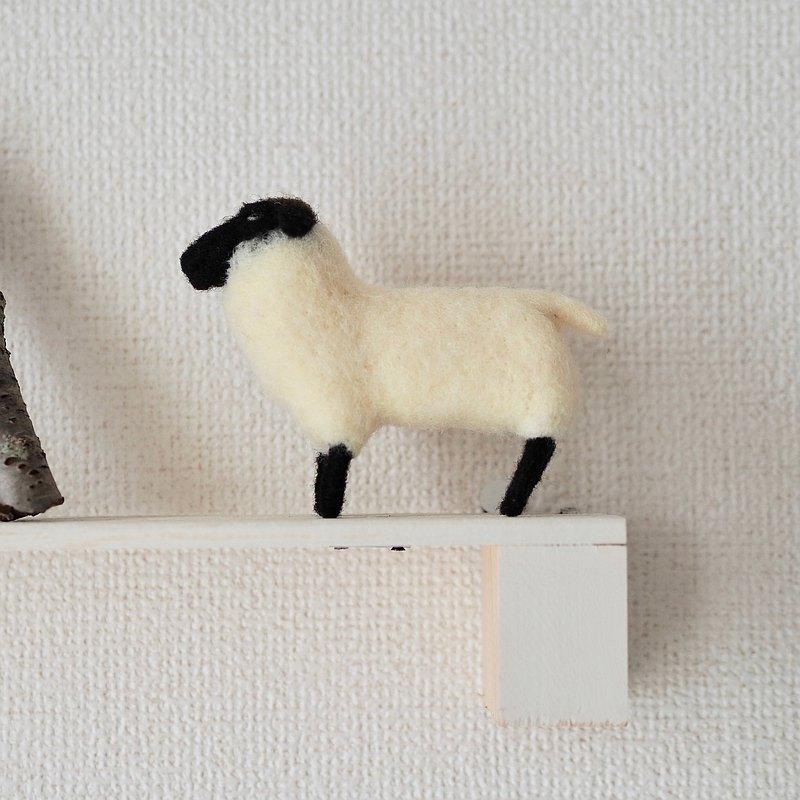 薩福克羊雕像
