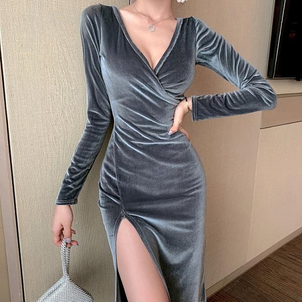 辣妹裝 性感打底連衣裙女2021春季新款韓版女裝長袖不規則內搭法式裙子