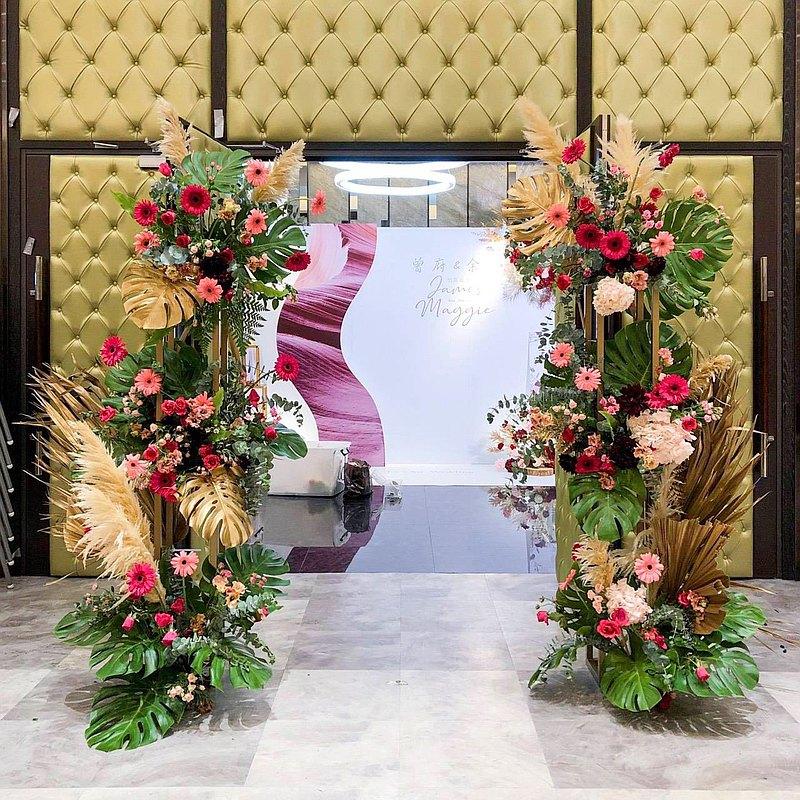 【遇見恆久】婚禮鮮花花柱 婚禮佈置方案 可加購相片桌/禮桌