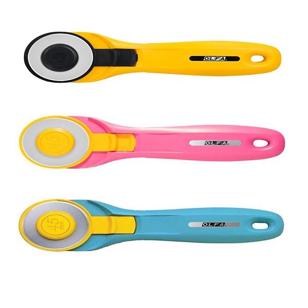 限量品 割布刀 OLFA RTY-2C(45mm)粉/藍/黃色握柄割(拼)布刀 【文具e指通】 量販團購