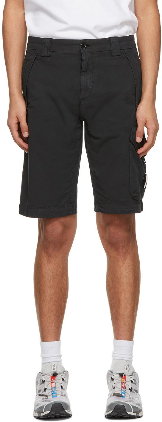C.P. Company 黑色百慕大短裤