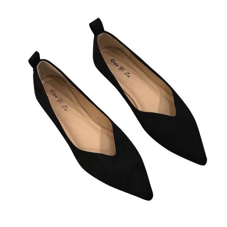 【免運】低跟鞋 單鞋春夏2021新款平底百搭豆豆鞋低跟尖頭軟底女鞋淺口套腳懶人鞋  新品上新 全館85折