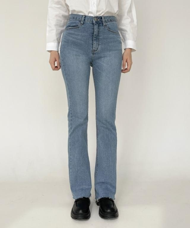 韓國空運 - Marika semi Flared denim trousers 牛仔褲