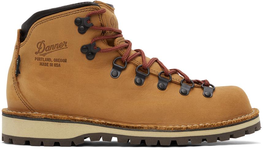 Danner 黄褐色 Mountain Pass 踝靴