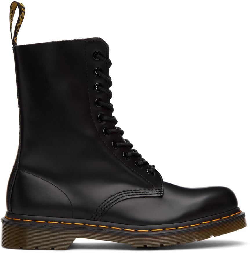 Dr. Martens 黑色 1490 中筒靴