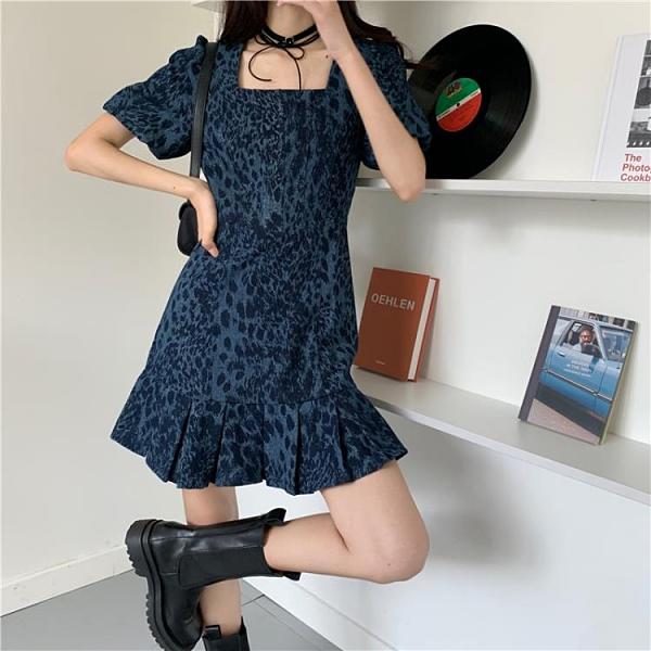方領洋裝 春夏新款網紅方領豹紋藍色牛仔連身裙a字修身顯瘦可甜可鹽裙子女 嬡孕哺