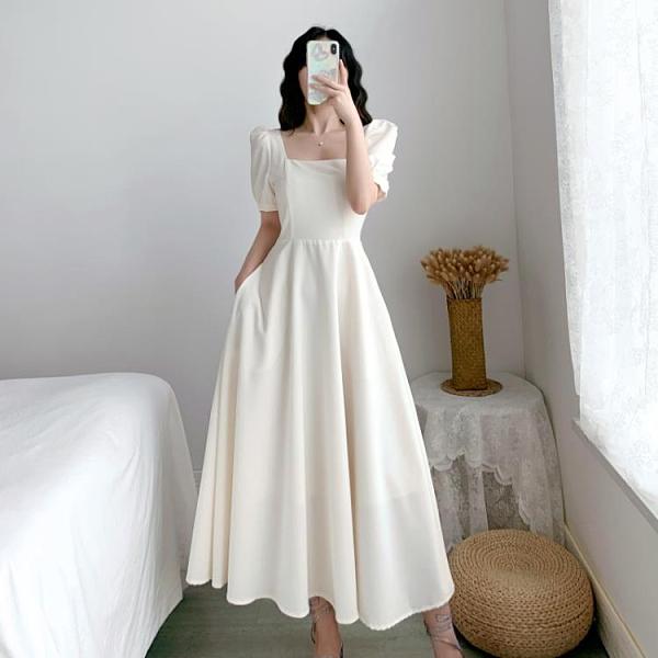 方領洋裝 白色赫本輕熟風連身裙女泡泡袖白裙子方領收腰顯瘦氣質過膝長裙夏 嬡孕哺